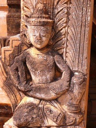 pagodetarkaung112.jpg